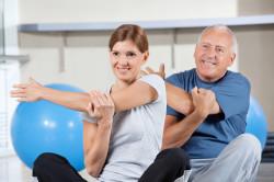 Польза лечебной физкультуры после перелома шейки бедра