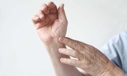 Проблема растяжения связок кисти руки