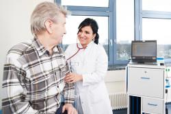 Амбулаторное лечение при растяжении связок запястья