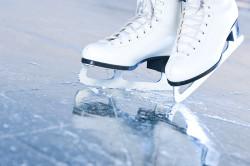Опасность вывиха шеи при катании на коньках