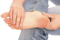 Боль в бедре при постукивании по пятке - признак перелома