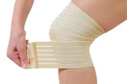 Использование эластичного бинта для профилактики отека при переломе