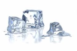 Лед для уменьшения гематомы на груди