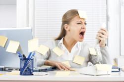 Стресс - причина появления синяков под глазами